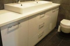 baldaijng-vonios-baldai (4)