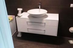baldaijng-vonios-baldai (8)